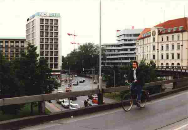 Rolf Hemmerling cycling on the Aegi Highway in Hannover